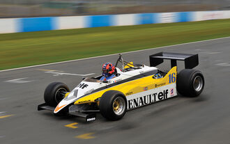 1982er Renault RE30B - Formel 1-Rennwagen