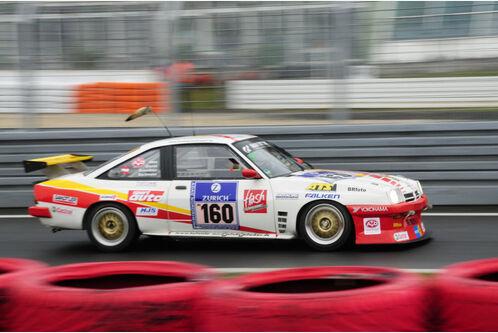 24h-Rennen-Nuerburgring-2010-f498x333-F4F4F2-C-d0de5e35-347678.jpg