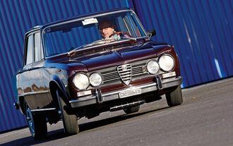 Alfa Romeo Julia, Frontansicht