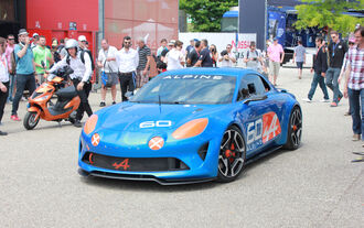 Alpine Celebration Show Car - Le Mans 2015 - Renault