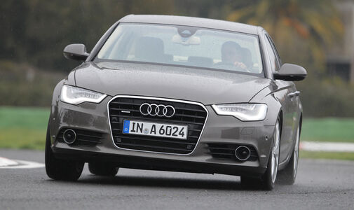 Audi A6 2.0 TDI, Frontansicht, Kurve