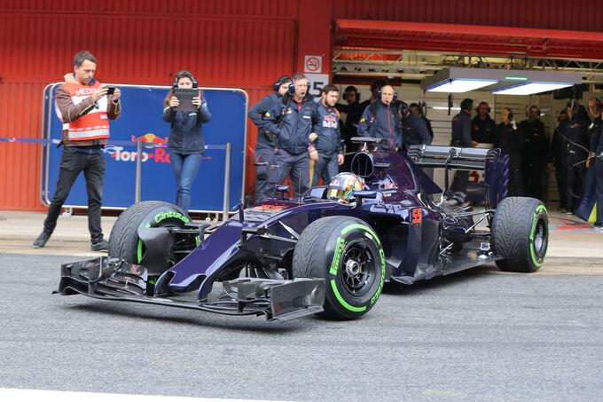 Carlos-Sainz-Toro-Rosso-Formel-1-Test-Barcelona-22-Februar-2016-fotoshowImage-64eed2d2-928488