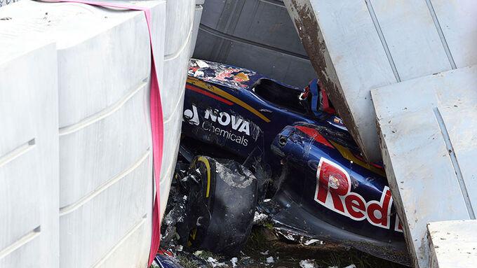 Fotos und Infos vom Sainz-Unfall