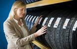 Der ADAC empfiehlt weiterhin den Kauf normaler Reifen.