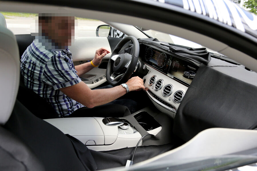 (C217): Flagra - S Coupé é visto nos Estados Unidos Erlkoenig-Mercedes-S-Klasse-Coup--19-fotoshowImageNew-881e95de-690542