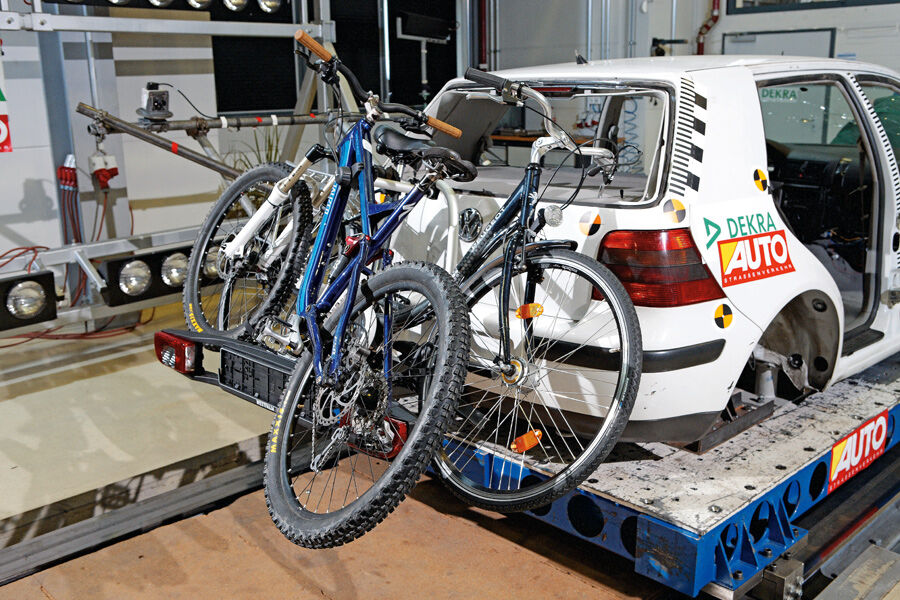 fahrradtr ger test tr ger f r dach und h ngerkupplung. Black Bedroom Furniture Sets. Home Design Ideas