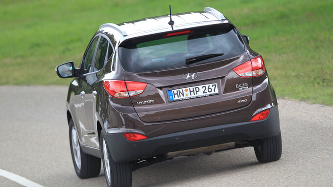 hyundai ix35 mit neuen motoren neue basismotoren f r suv. Black Bedroom Furniture Sets. Home Design Ideas