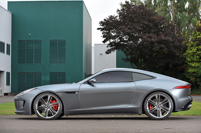 [Bild: Jaguar-C-X16--fotoshowImage-8772fd62-530842.jpg]