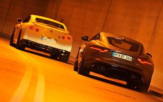 Jaguar F-Type R AWD Coupé, Nissan GT-R, Heckansicht