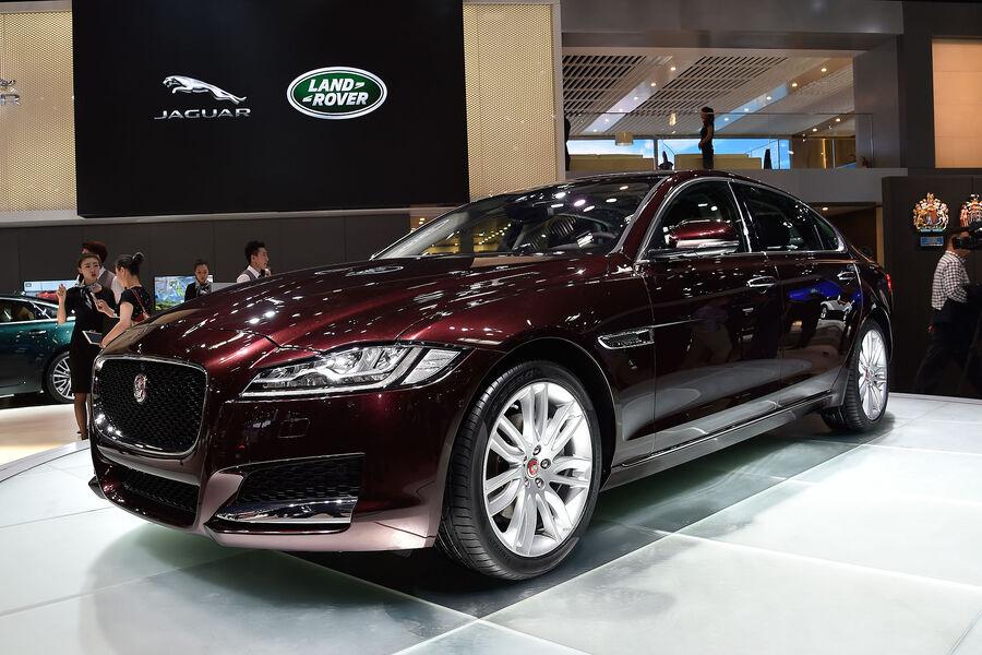 jaguar xf l langversion f r china auto motor und sport. Black Bedroom Furniture Sets. Home Design Ideas