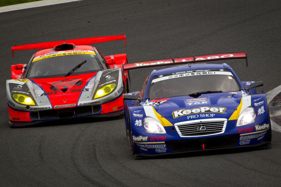 Lexus-SC430-Honda-HSV-010-GT-Super-GT-2012-19-fotoshowImageNew-4f24b958-637895.jpg