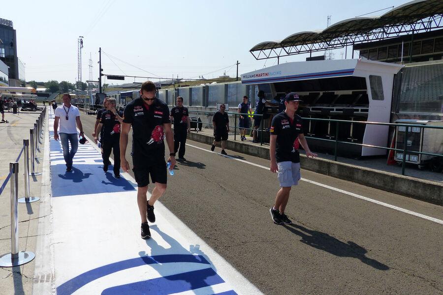 [Imagen: Max-Verstappen-Toro-Rosso-GP-Ungarn-Buda...884502.jpg]