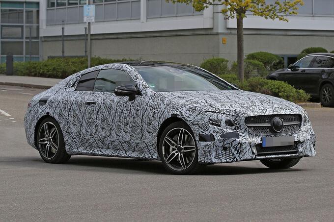 Mercedes-E-Klasse-Coup-Erlkoenig-fotoshowImage-f86ce790-944773
