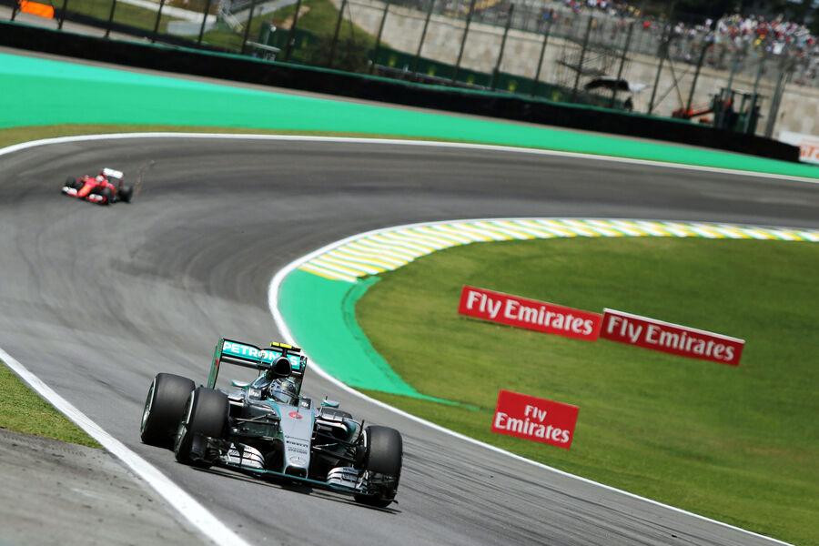 http://img1.auto-motor-und-sport.de/Nico-Rosberg-Mercedes-Formel-1-GP-Brasilien-14-November-2015-fotoshowBigImage-f9d8491f-909962.jpg