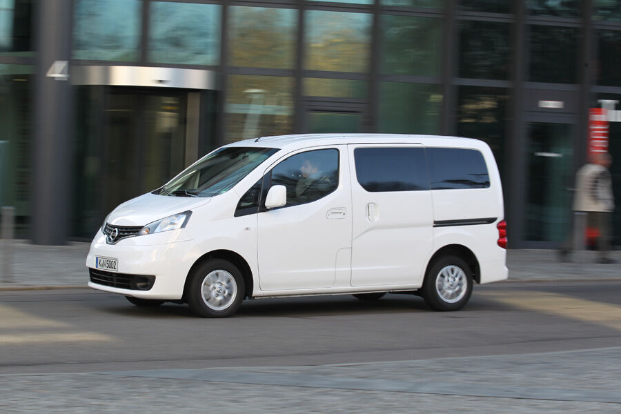 nissan nv 200 evalia dci 110 im fahrbericht. Black Bedroom Furniture Sets. Home Design Ideas