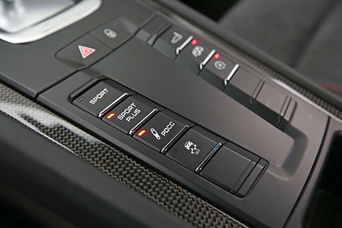 Porsche 911 Carrera GTS, Operating controls