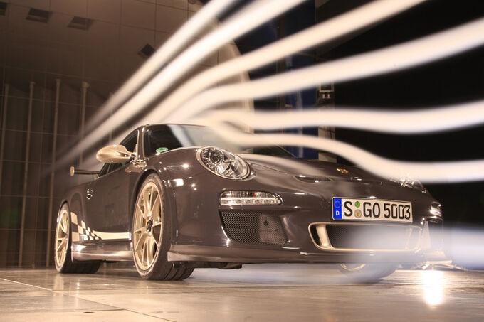 [Bild: Porsche-911-GT3-RS-Windkanal-fotoshowIma...352266.jpg]