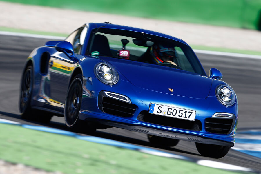porsche 911 turbo s im supertest der allesk nner mit. Black Bedroom Furniture Sets. Home Design Ideas