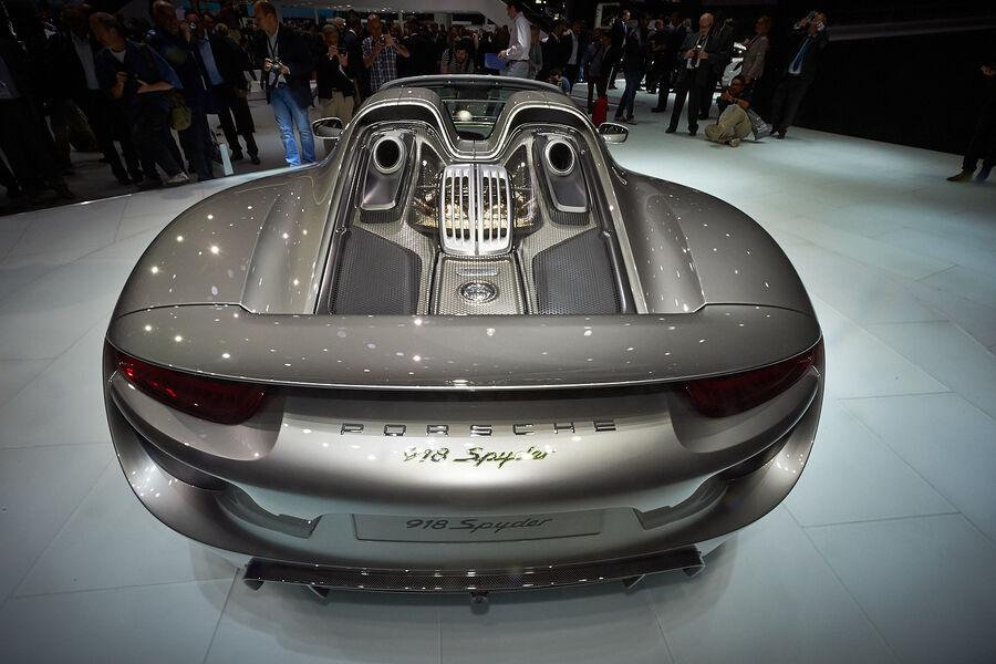 porsche 918 spyder auf der iaa hybrid supersportler mit 887 ps auto motor. Black Bedroom Furniture Sets. Home Design Ideas