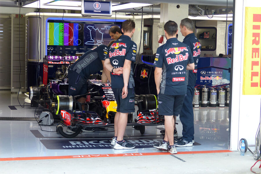 [Imagen: Red-Bull-GP-Ungarn-Budapest-Freitag-24-7...884853.jpg]