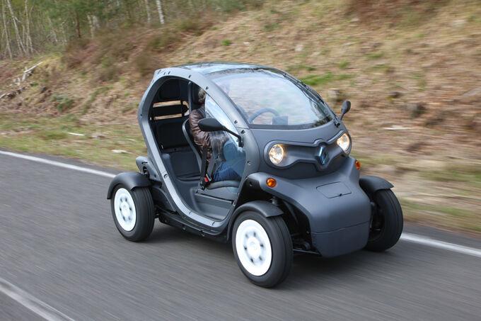 renault twizy im fahrbericht unterwegs im elektro ei bildergalerie bild 3 auto motor und sport. Black Bedroom Furniture Sets. Home Design Ideas