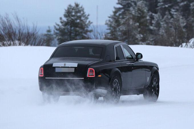 Rolls-Royce-SUV-Cullinan-fotoshowImage-9d121f-934273