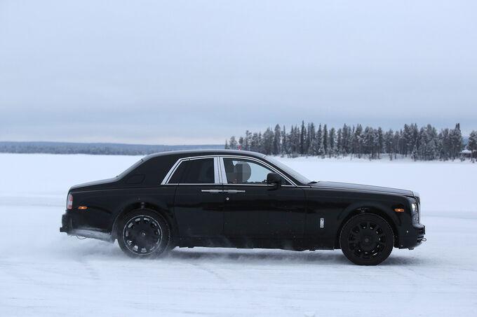 Rolls-Royce-SUV-Cullinan-fotoshowImage-f4ee714b-934268