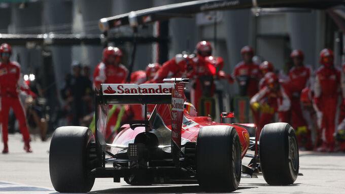 Ferrari SF15-T nett zu den Reifen