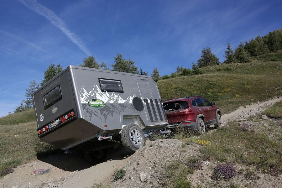 volker lapp expeditionstrailer 340 caravan f r hardcore. Black Bedroom Furniture Sets. Home Design Ideas