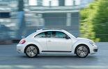 VW Beetle 2.0 TSI DSG, Seitenansicht, Stadtfahrt
