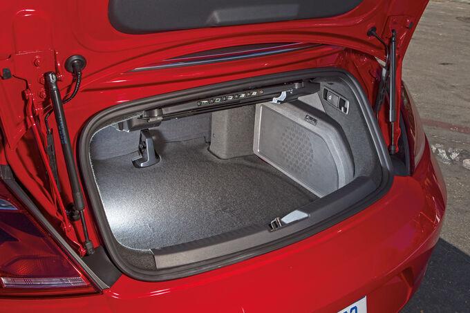 vw beetle cabrio im fahrbericht k fer mit dach weg gef hl. Black Bedroom Furniture Sets. Home Design Ideas