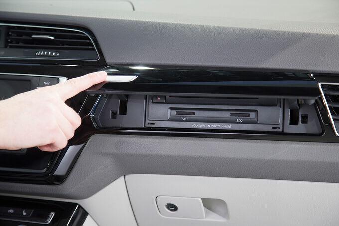 VW-Touran-Sitzprobe-fotoshowImage-93efea69-846208