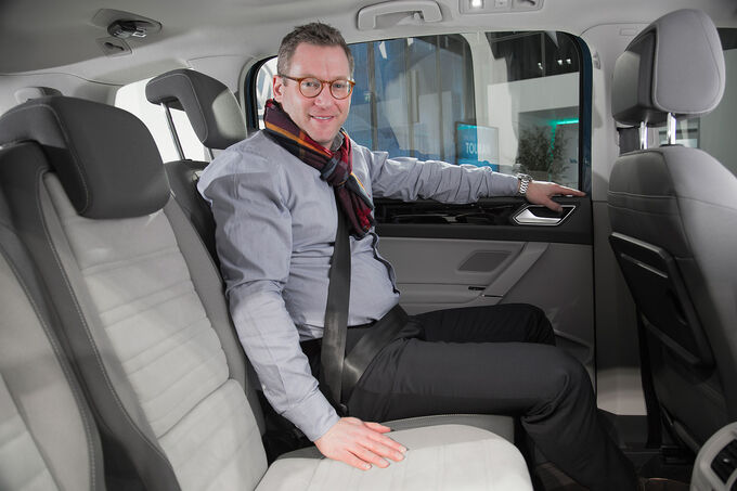 2015 - [Volkswagen] Touran - Page 9 VW-Touran-Sitzprobe-fotoshowImage-fbe02b3a-846206